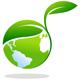 Grüne Welt -Weltkugel mit einer wachsenden Pflanze